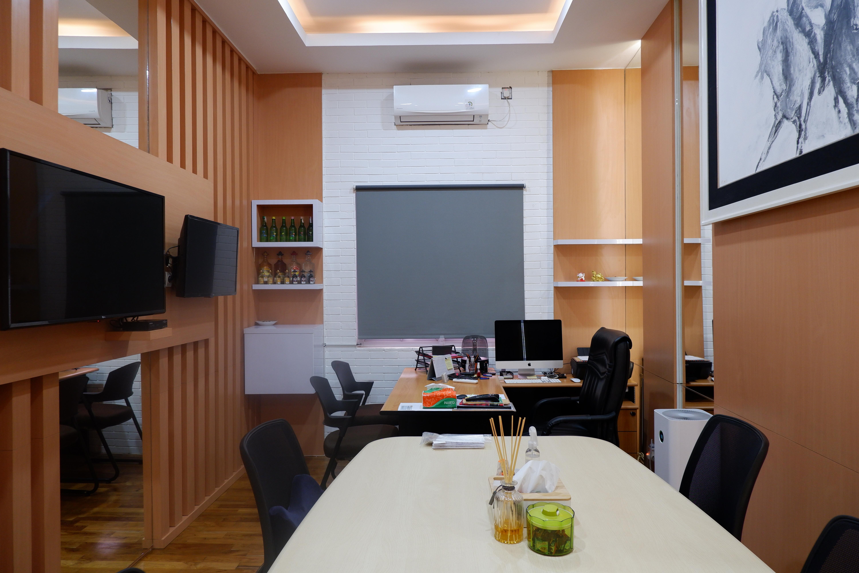 Mr Kevin Interior Office Design & Build @ Tomang